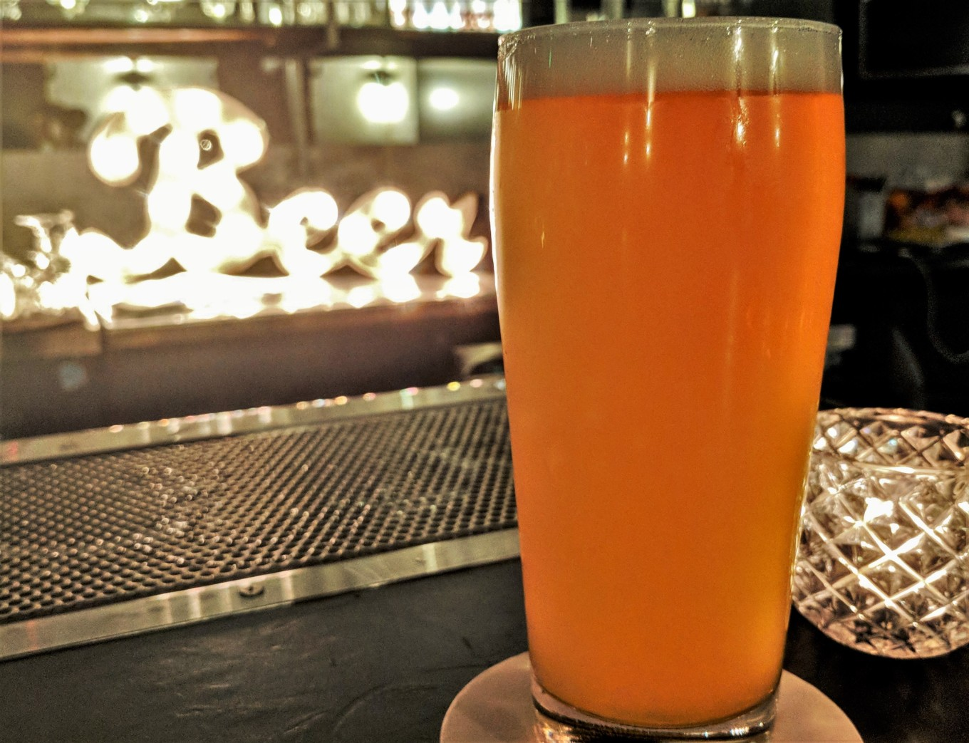 pfriem hazy IPA small bar pdx