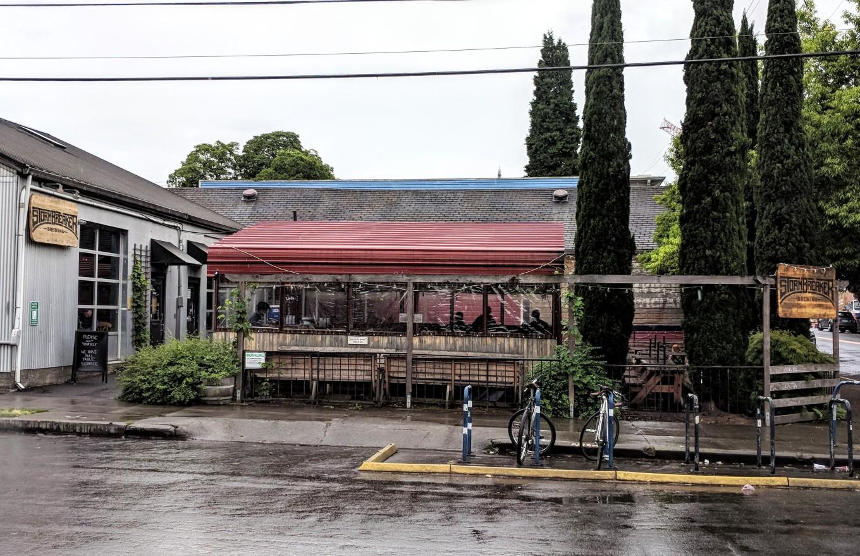 BREWVANA Tour Stormbreaker Brewing Exterior Portland Tourism