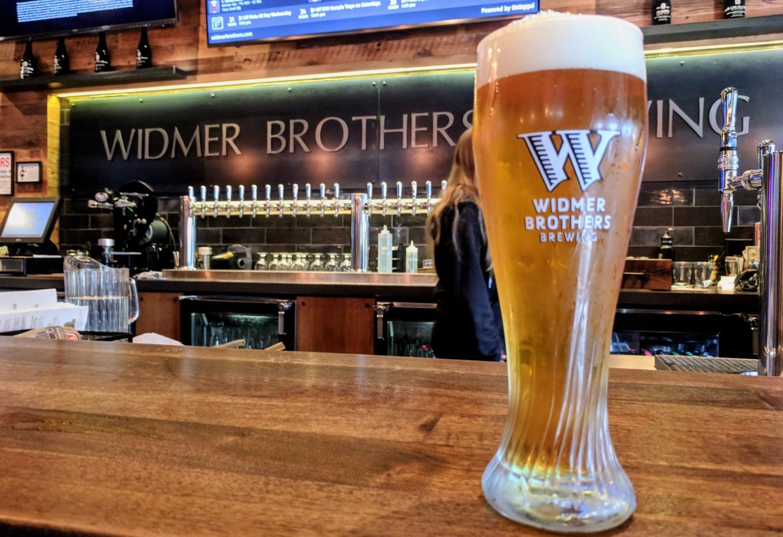 Widmer Brothers Pub Hefe Portland Oregon